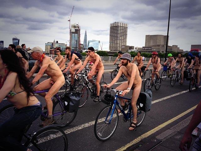 naked-bike-ride2