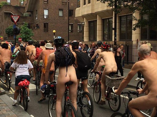naked-bike-ride4