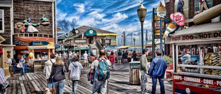 9 худших туристов