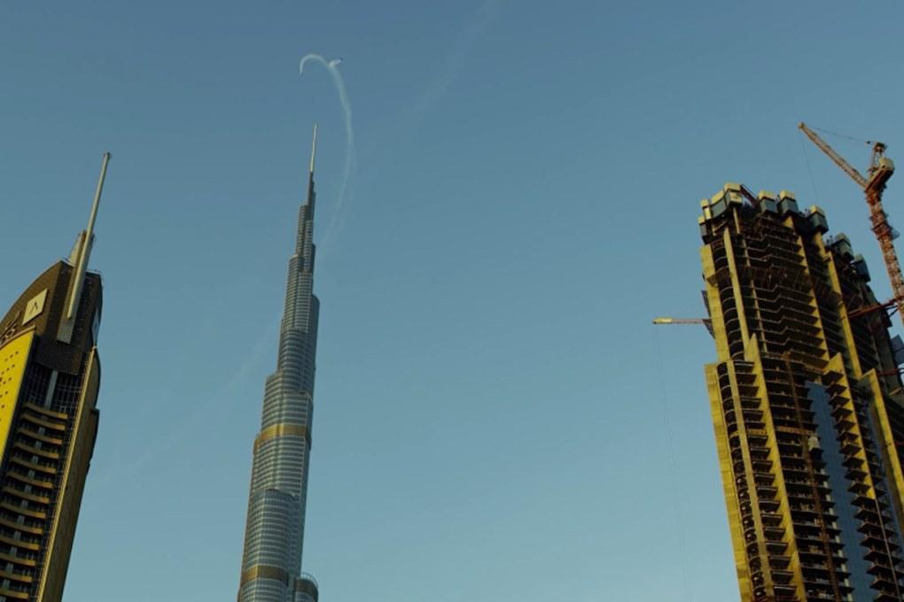 Ив Росси и Винс Реффет прокатились на реактивных рюкзаках над Дубаи