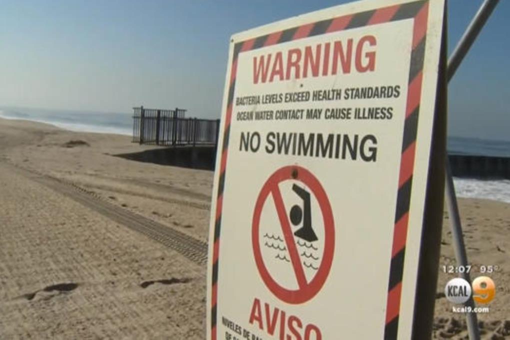 Из-за вымытых на берег шприцов и презервативов закрыли пляжи Лос-Анджелеса