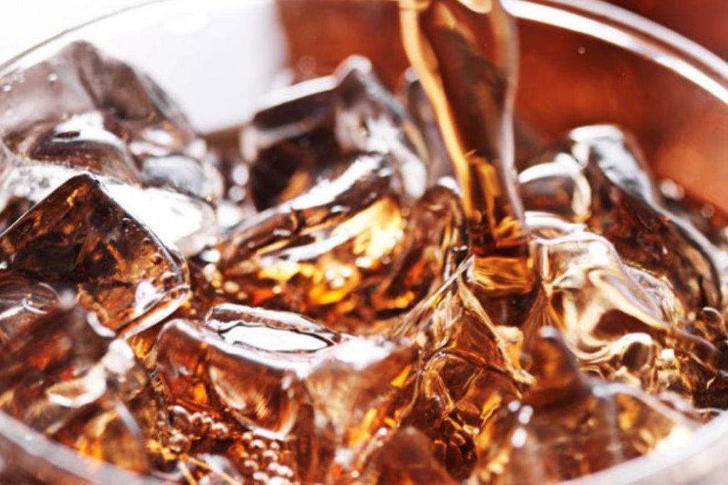 Ученые: сладкие напитки убивают 184 000 человек в год